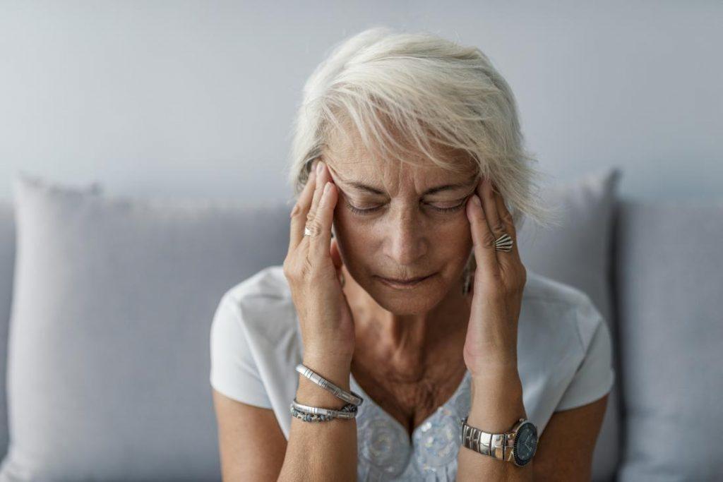 Afecțiunea Alzheimer poate fi combătută prin reducerea stresului